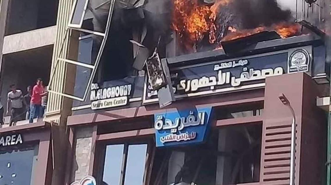 مصري ينقذ جيرانه من حريق