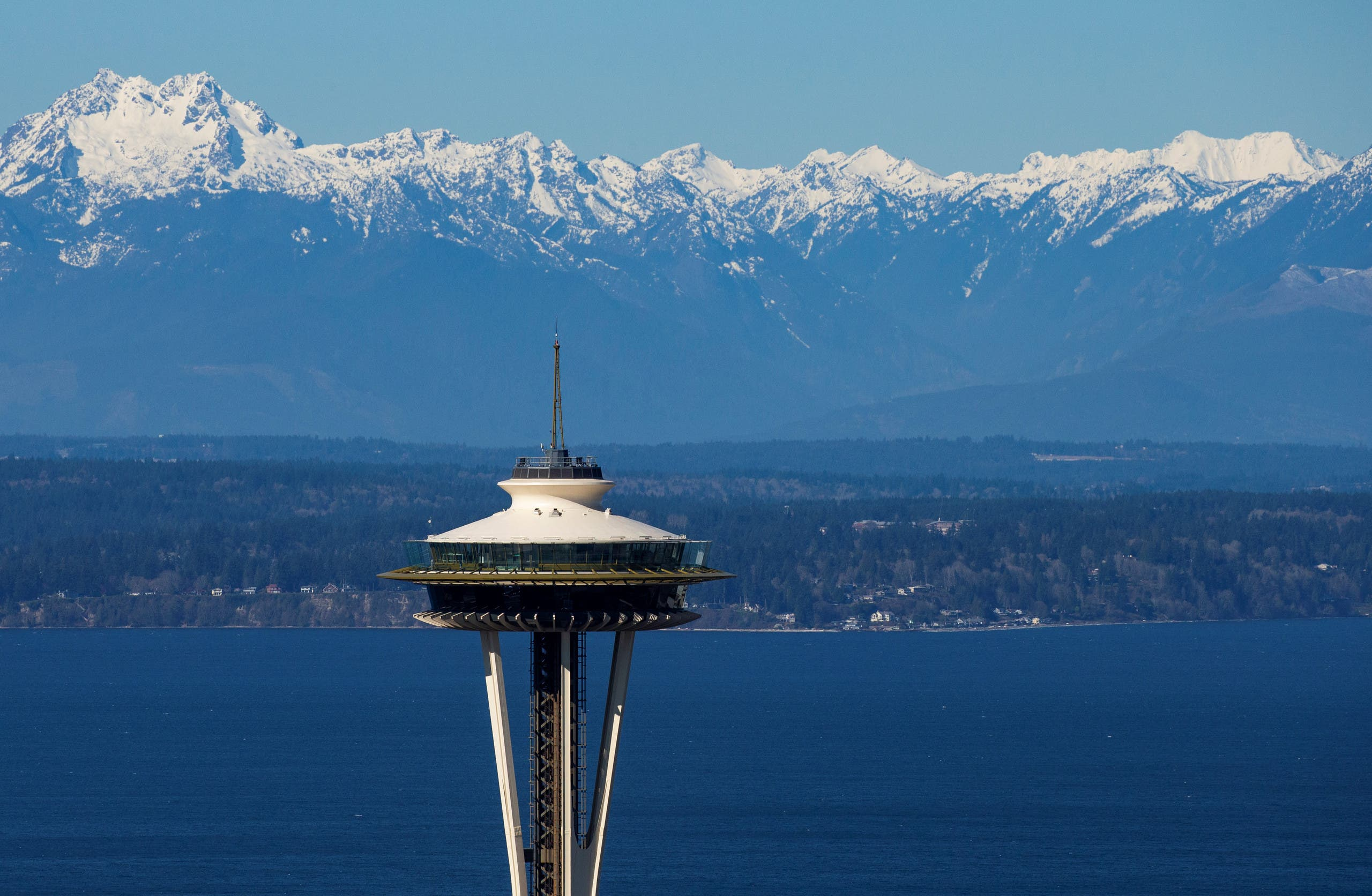 The Space Needle, closed due to coronavirus concerns, is shown during the outbreak of coronavirus disease (COVID-19), shown in this aerial photo over Seattle. (File photo: Reuters)