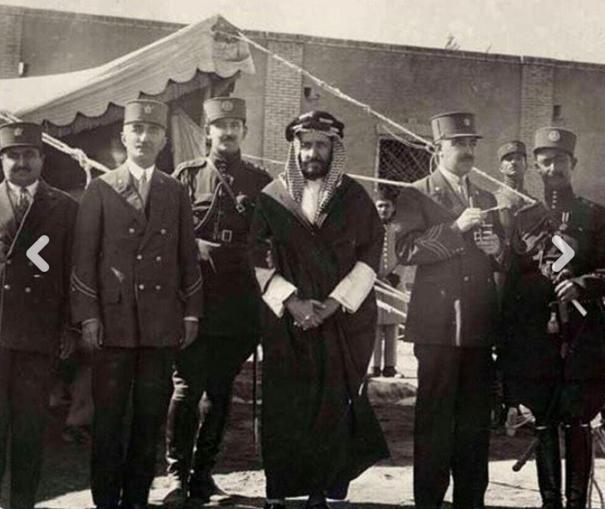 الشيخ خزعل الكعبي بعد اعتقاله بواسطة رضا شاه