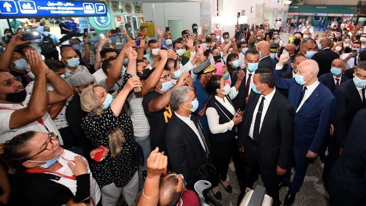 إعلان وشيك عن الحكومة.. قرارات الرئيس التونسي تثير انقسامات
