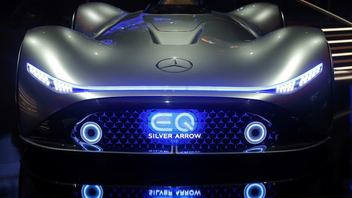 سيارة Mercedes-Benz EQ