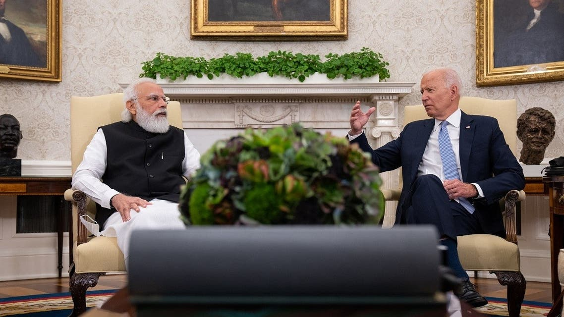 President Joe Biden (R) gestures to Indian PM Narendra Modi during a bilateral meeting at the White House Sept. 24, 2021. (AFP)