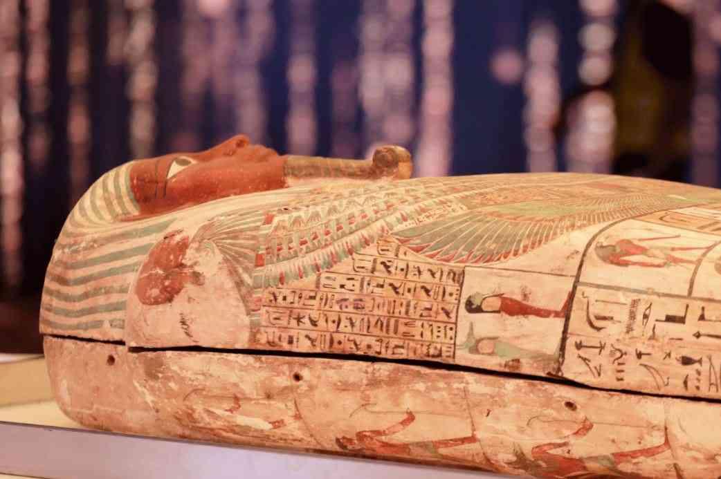 التابوت الأثري الخاص بالكاهن الفرعوني بسماتيك