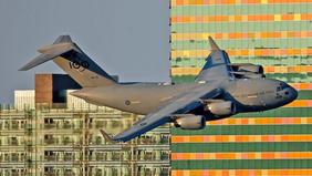 فيديو يخطف الأنفاس.. مشاهد 9/11 كادت تتكرر في أستراليا
