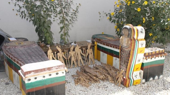 صور لآثار فرعونية مثيرة للجدل بأفغانستان.. ما قصتها؟