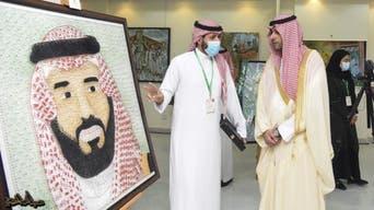بالمسامير والخيوط.. سعودي يرسم لوحات إبداعية