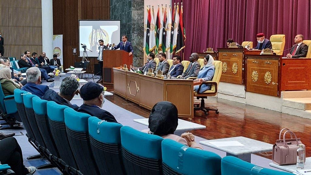 عبد الحميد الدبيبة أمام البرلمان الليبي (أرشيفية- فرانس برس)
