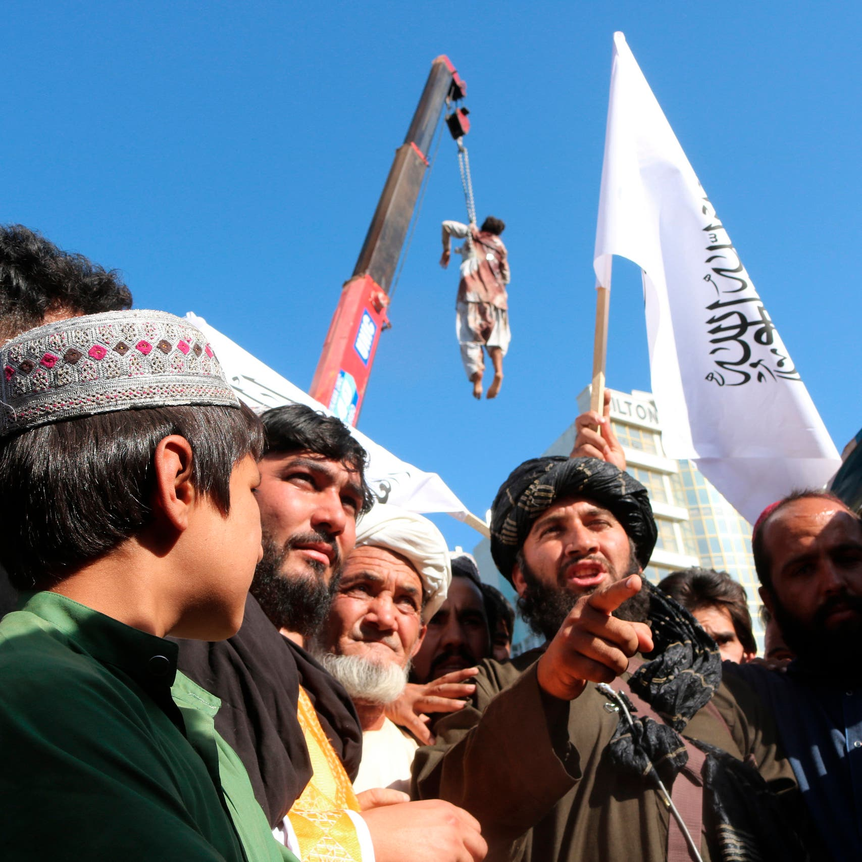 طالبان تبرر: لهذا علقنا الجثث وعرضناها في هرات