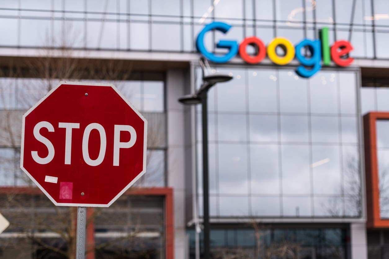 """Google bans its most popular applications on """"Android"""" .. for this reason!"""
