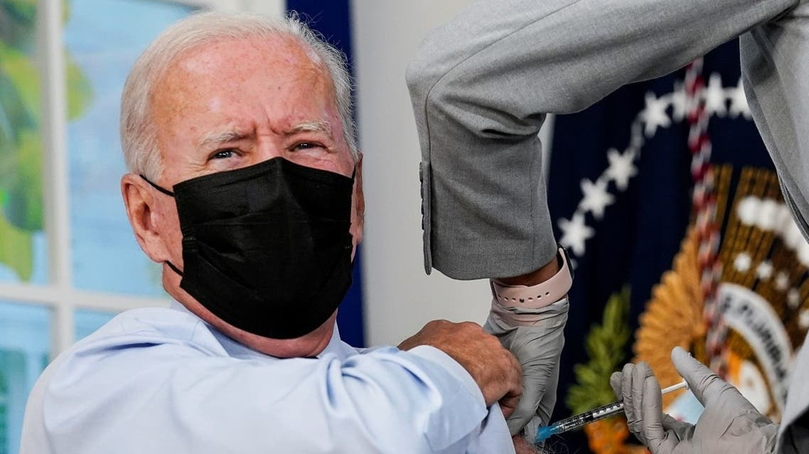 President Joe Biden receives his COVID-19 booster vaccination at the White House, Sept. 27, 2021. (Reuters)