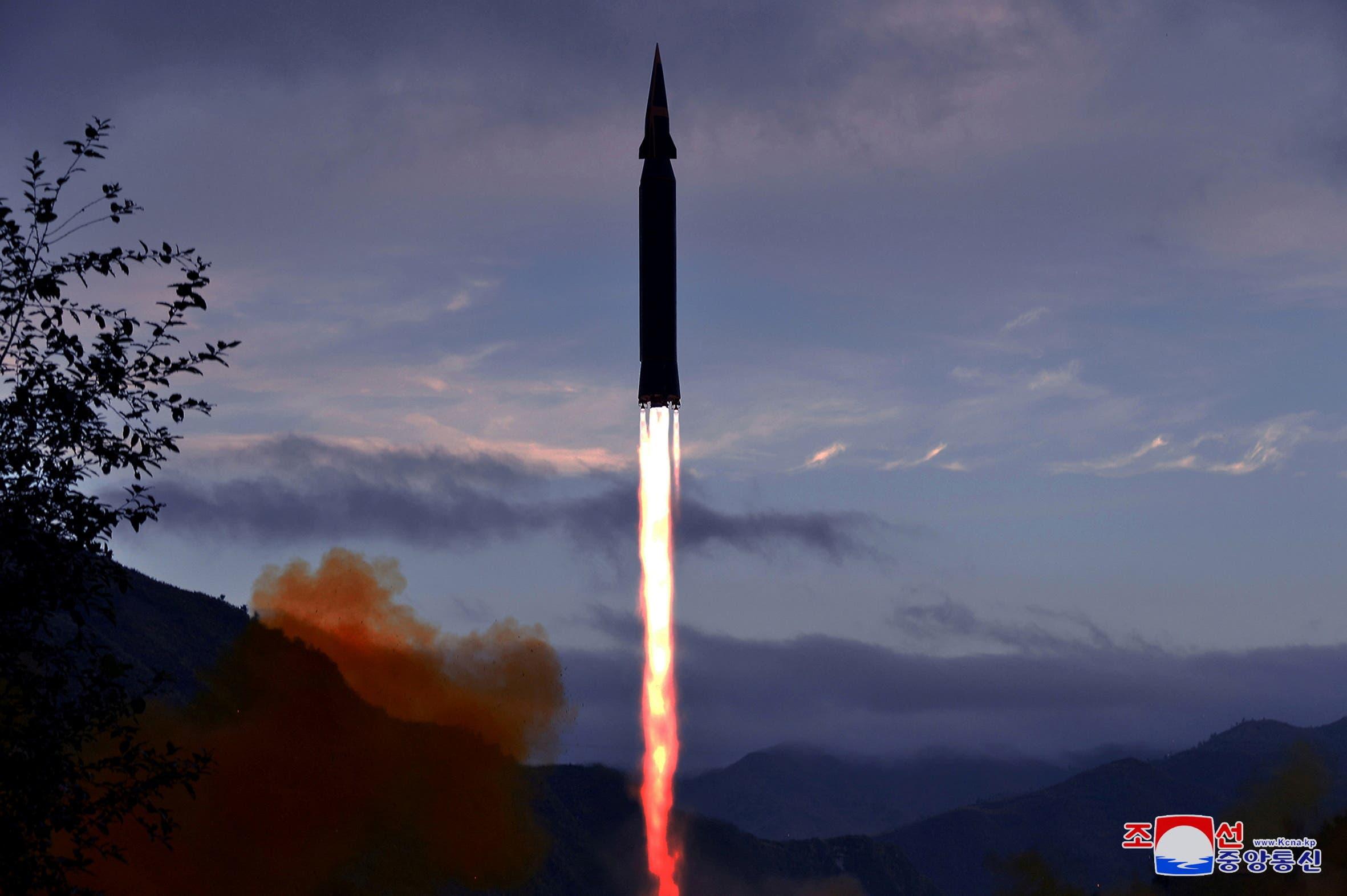 إطلاق بيونغ يانغ يوم 29 سبتمبر لصاروخ أسرع من الصوت