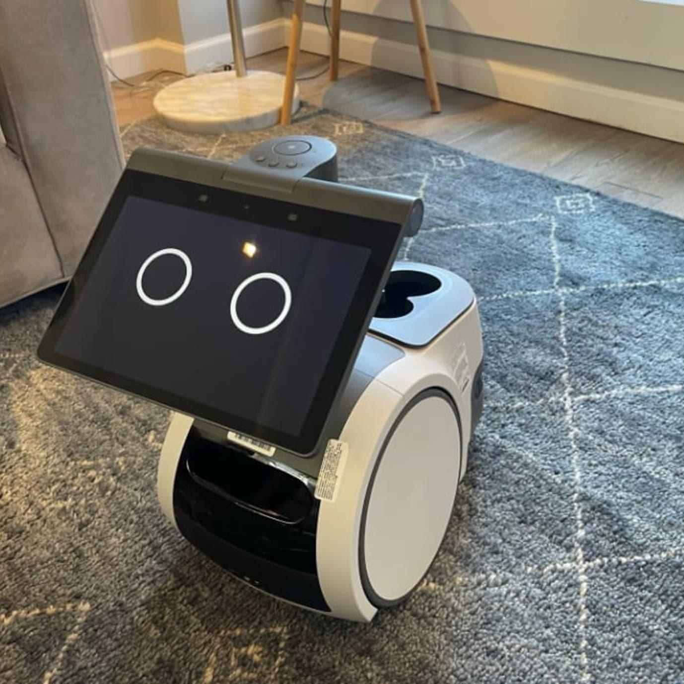 أمازون تكشف عن أول روبوت منزلي لها.. هذا ما يفعله!