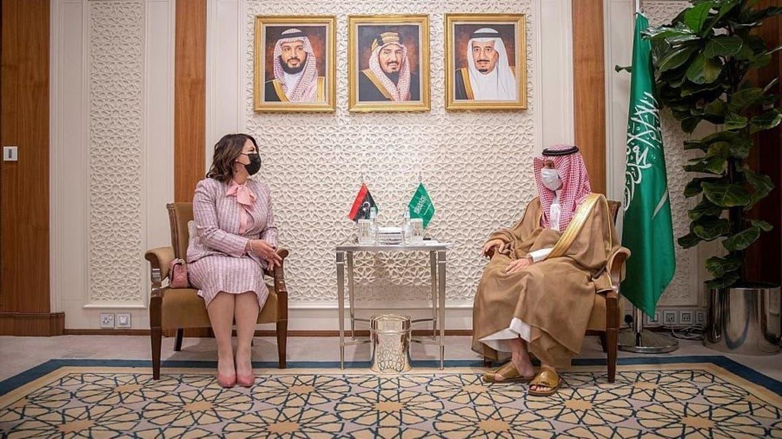 خلال استقبال وزير الخارجية