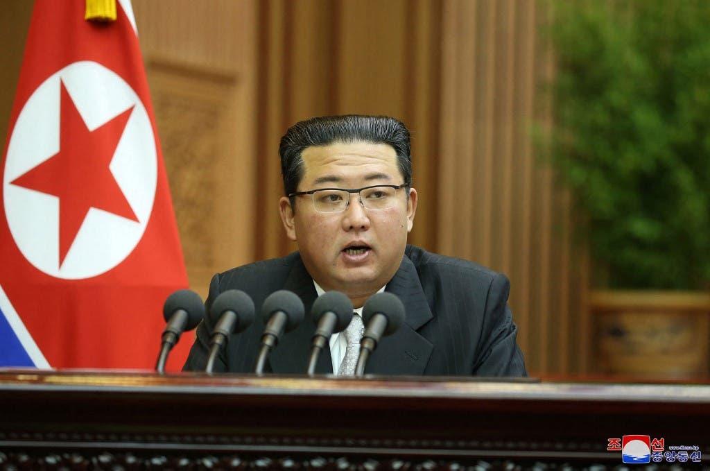 زعيم كوريا الشمالية كيم يونغ اون