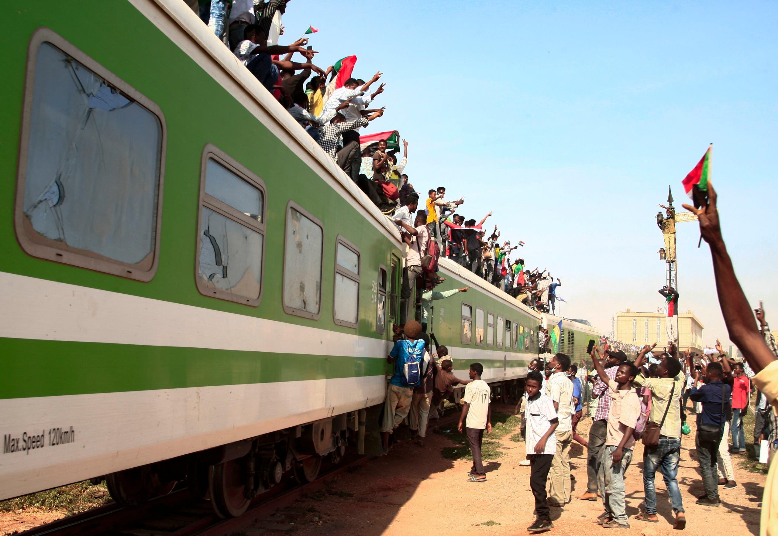 تظاهرات دعم للتحول المدني في السودان (أرشيفية- فرانس برس)