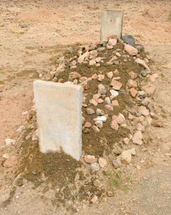 قبر الطفلة تمارا بعد دفنها