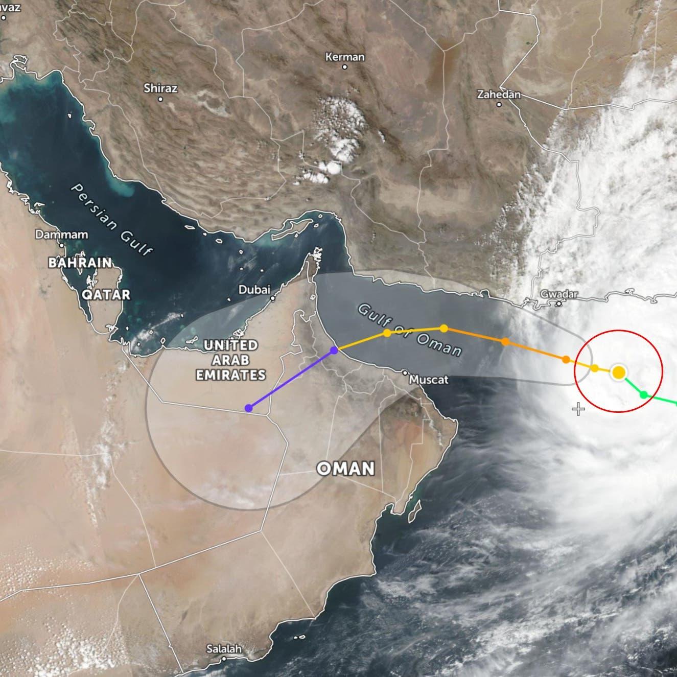 """سفارة السعودية في مسقط تحذر رعاياها من الإعصار """"شاهين"""""""