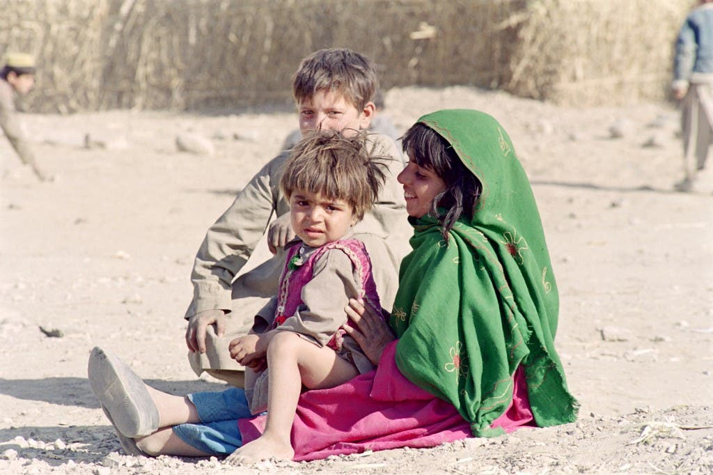 أطفال أفغان نازحون من كابل - أرشيفية  فرانس برس