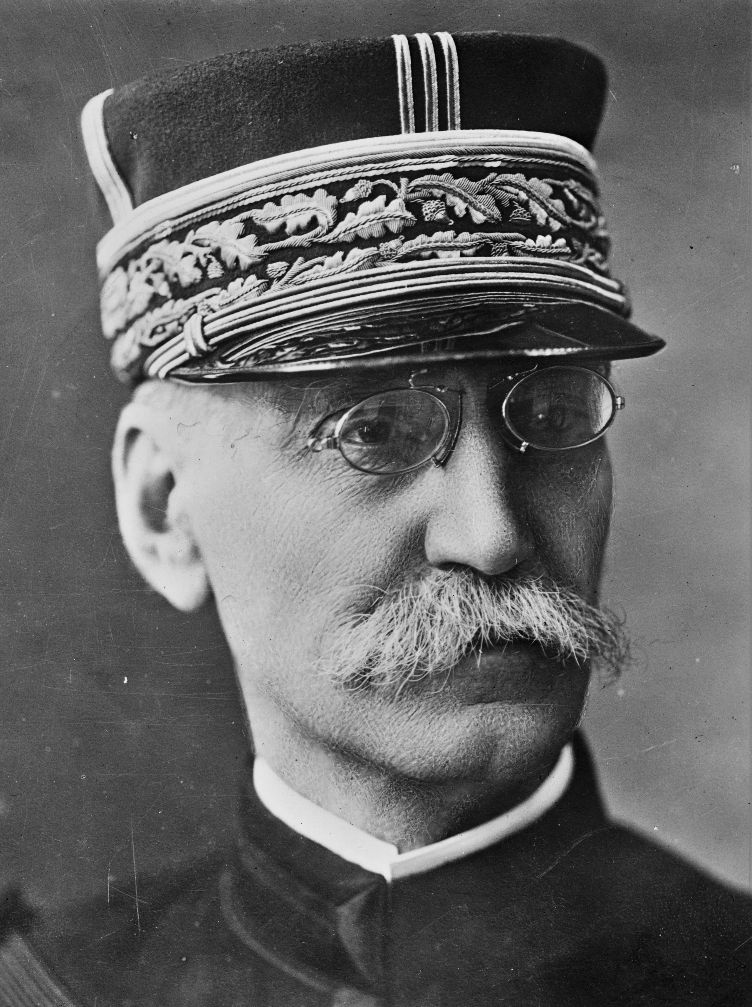 صورة فوتوغرافية للجنرال الفرنسي غالياني