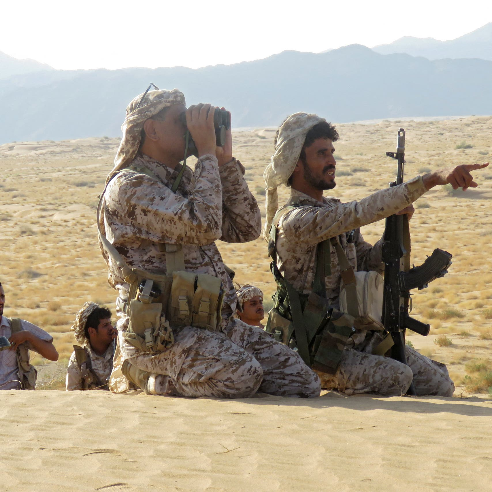 مصرع 13 حوثياً بنيران الجيش اليمني جنوب مأرب