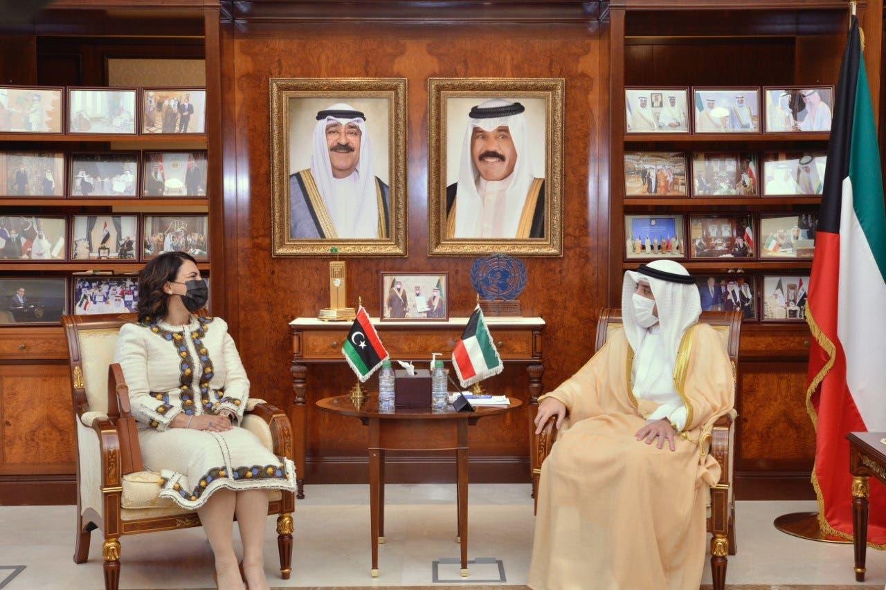 من لقاء المنقوش  وزير الخارجية الكويتي الشيخ أحمد ناصر المحمد الصباح.