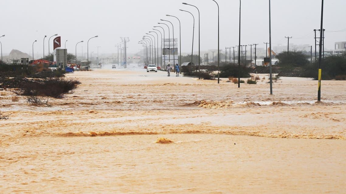 من الإعصار شاهين