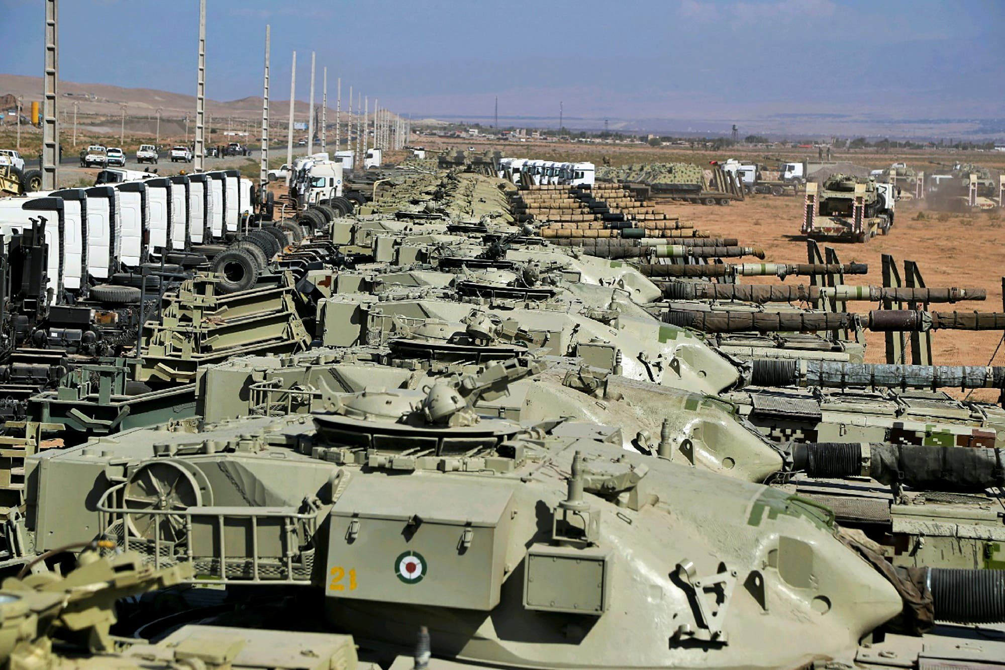 مناورات إيرانية عند حدود أذربيجان