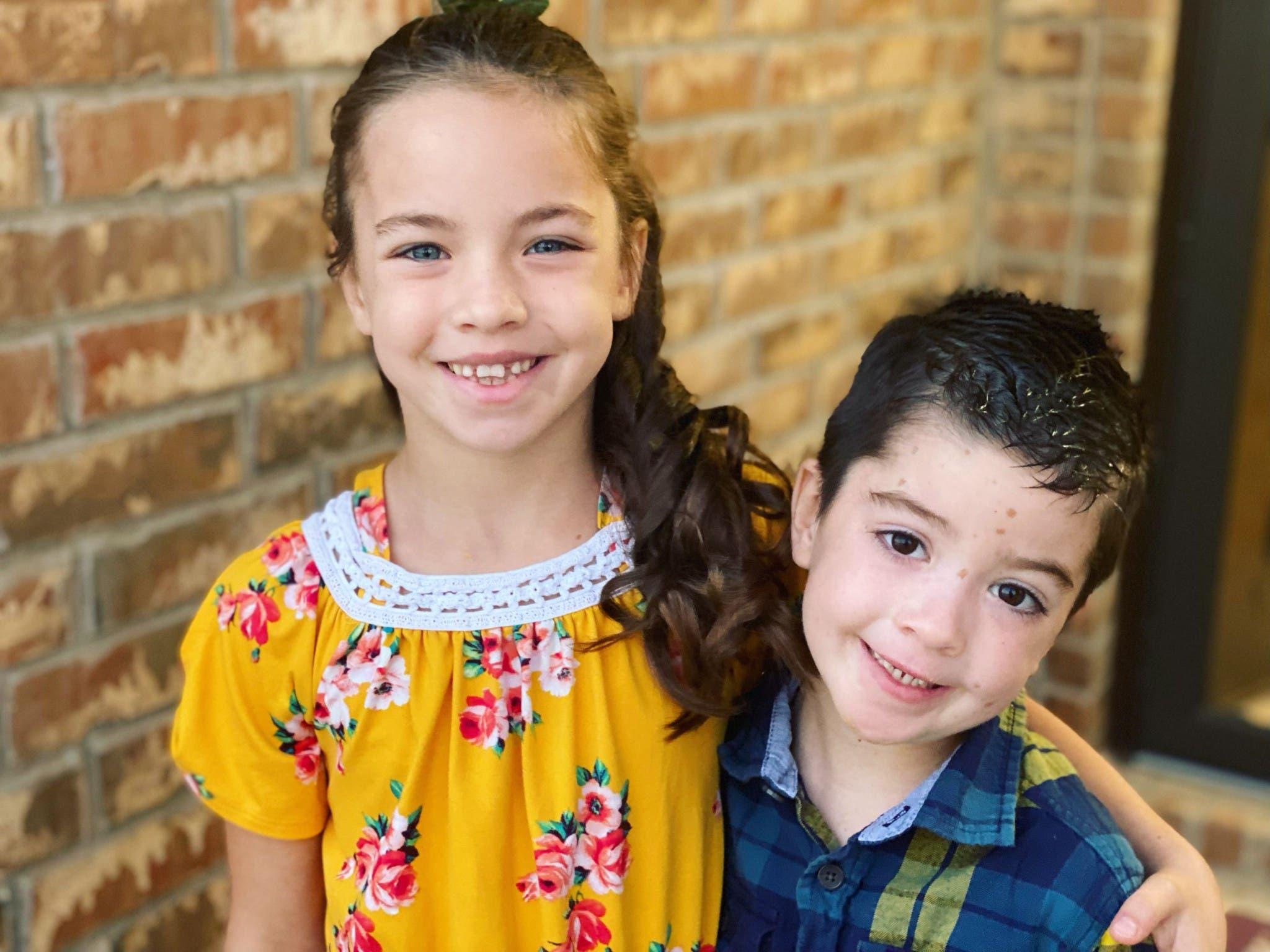 بيكيت وشقيقته أودري