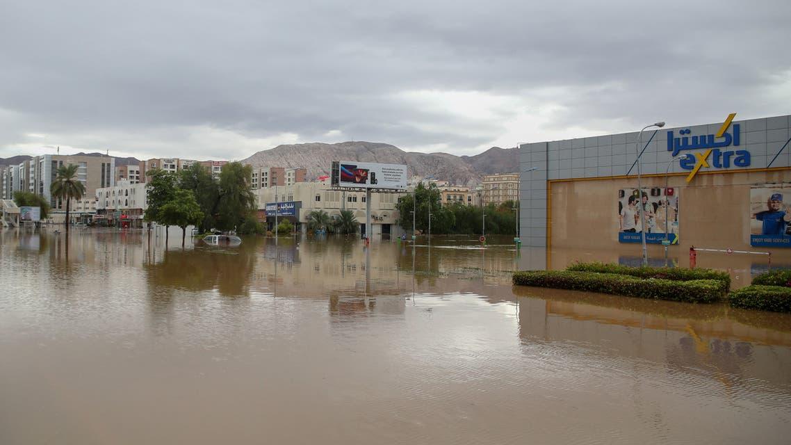 سلطنة عمان بعد الاعصار شاهين (فرانس برس)