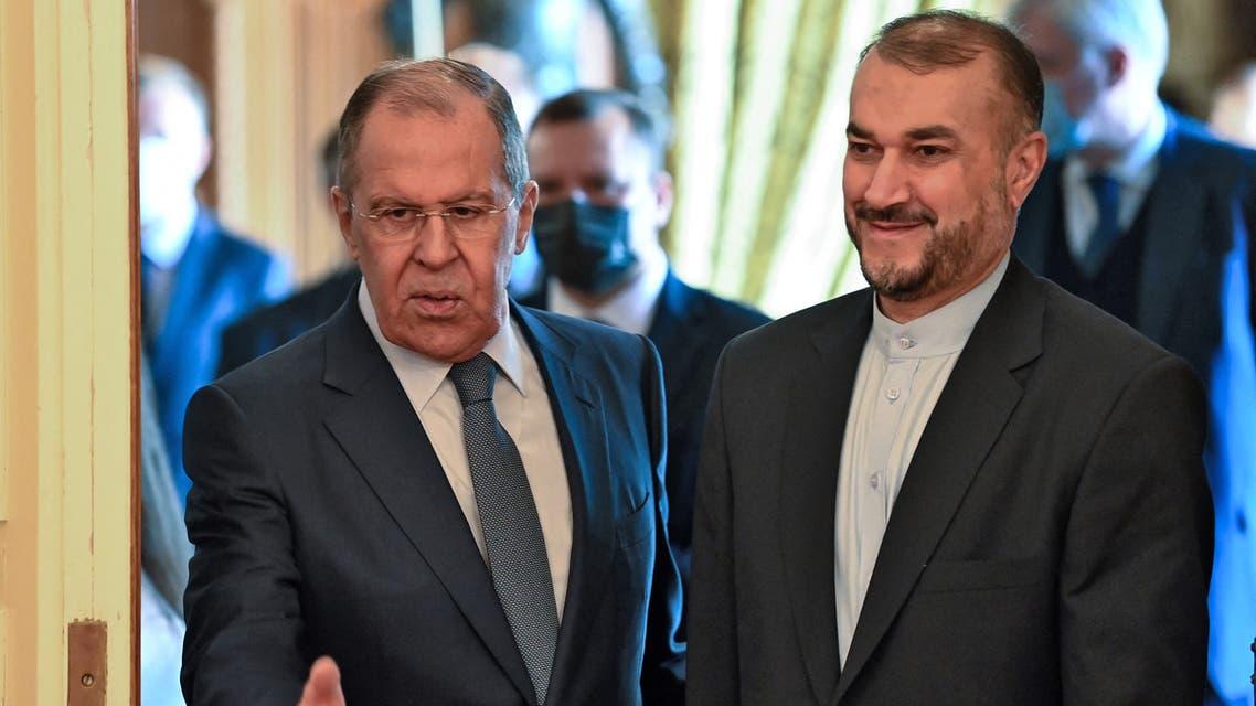 وزير الخارجية الروسي سيرغي لافروف ونظيره الإيراني حسين أمير عبد اللهيان (فرانس برس)