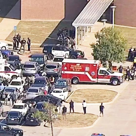 إصابة 4 في إطلاق نار بمدرسة في تكساس.. واعتقال المهاجم