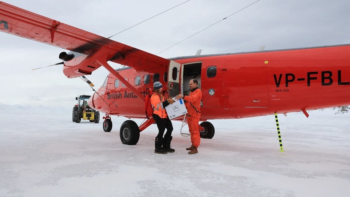 In a handout photograph released on October 7, 2021 doses of the Oxford/AstraZeneca COVID-19 vaccine are delivered to the British Antarctic Survey's Rothera Research Station on Adelaide Island in Antarctica on October 6, 2021. (Matthew Phillips/British Antarctic Survey/ AFP)