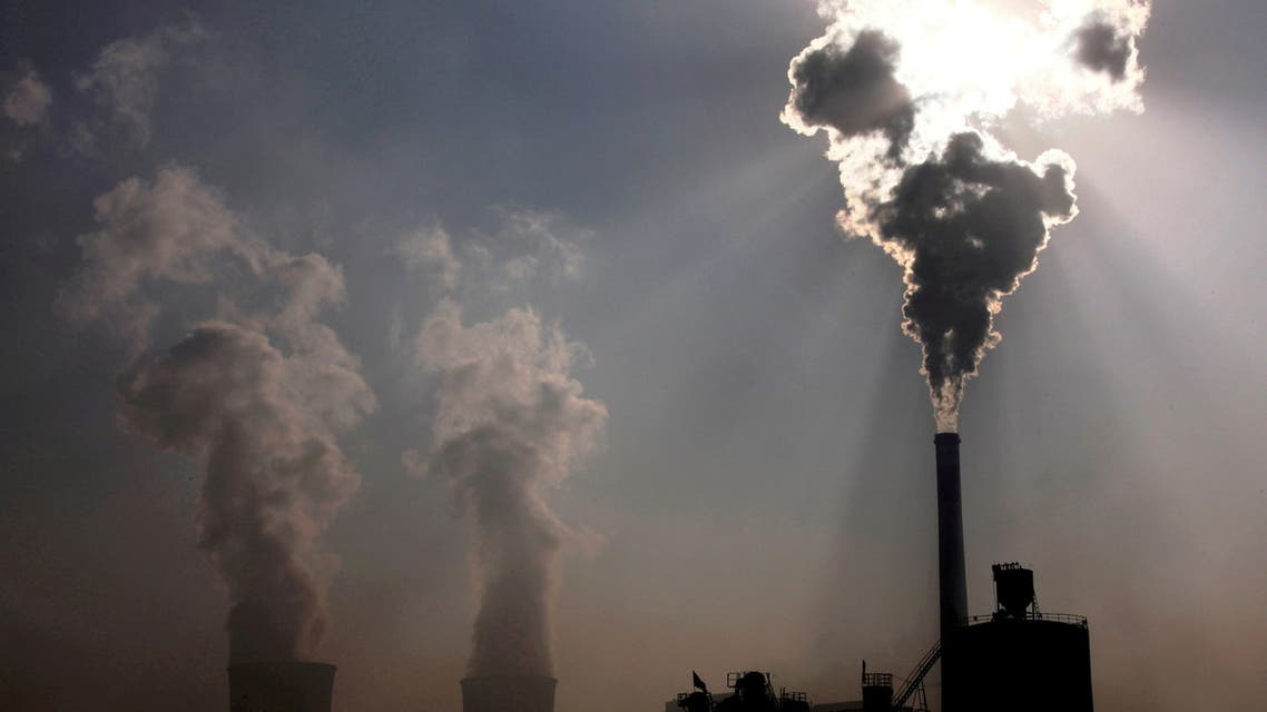 محطة طاقة تعمل بالفحم في الصين (رويترز)