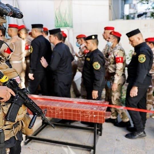 عسكريو العراق يدلون بأصواتهم بالانتخابات البرلمانية