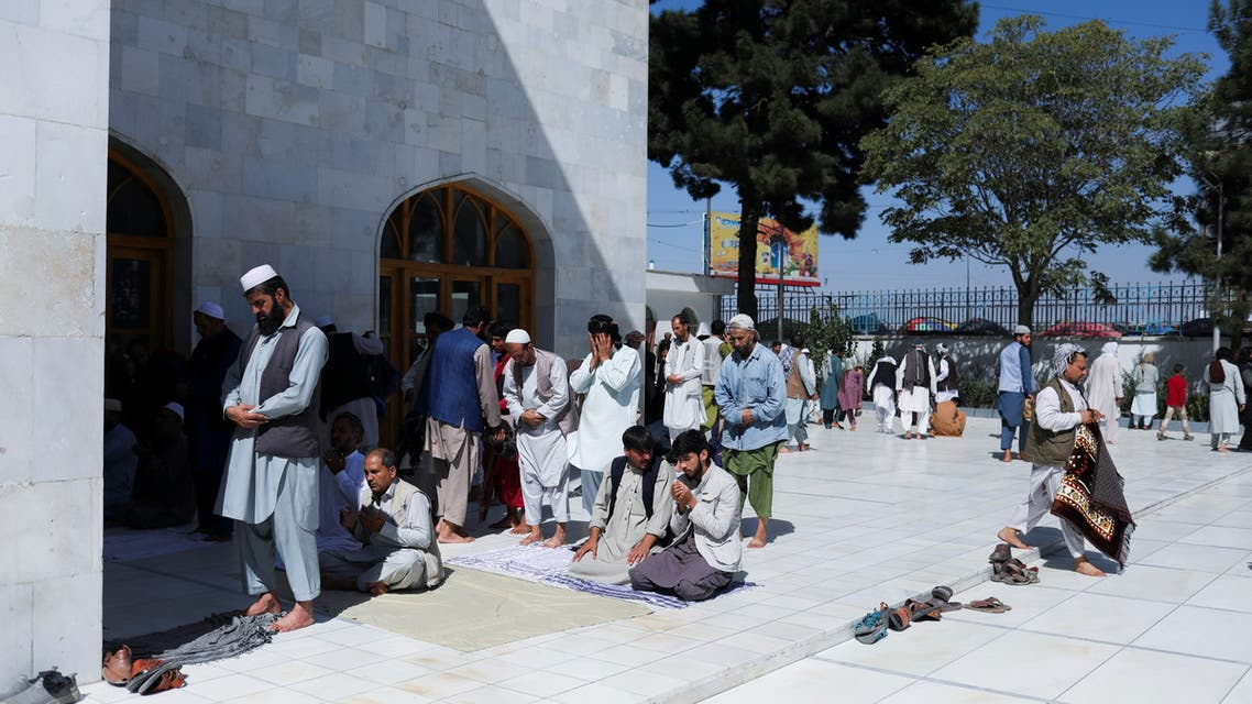 Afghan men pray in a mosque in Kabul, Afghanistan, September 17, 2021. (File photo: Reuters)