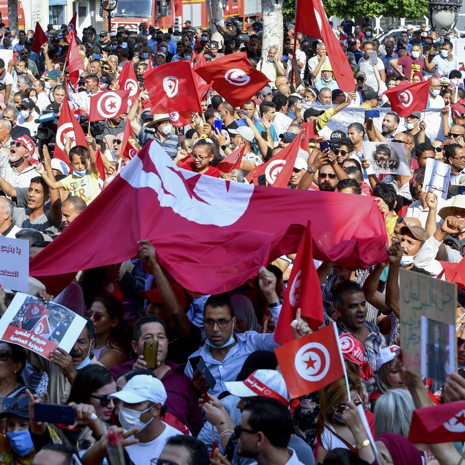 تونس.. مطالبات بعدم دعوة النهضة وحلفائها للحوار الوطني