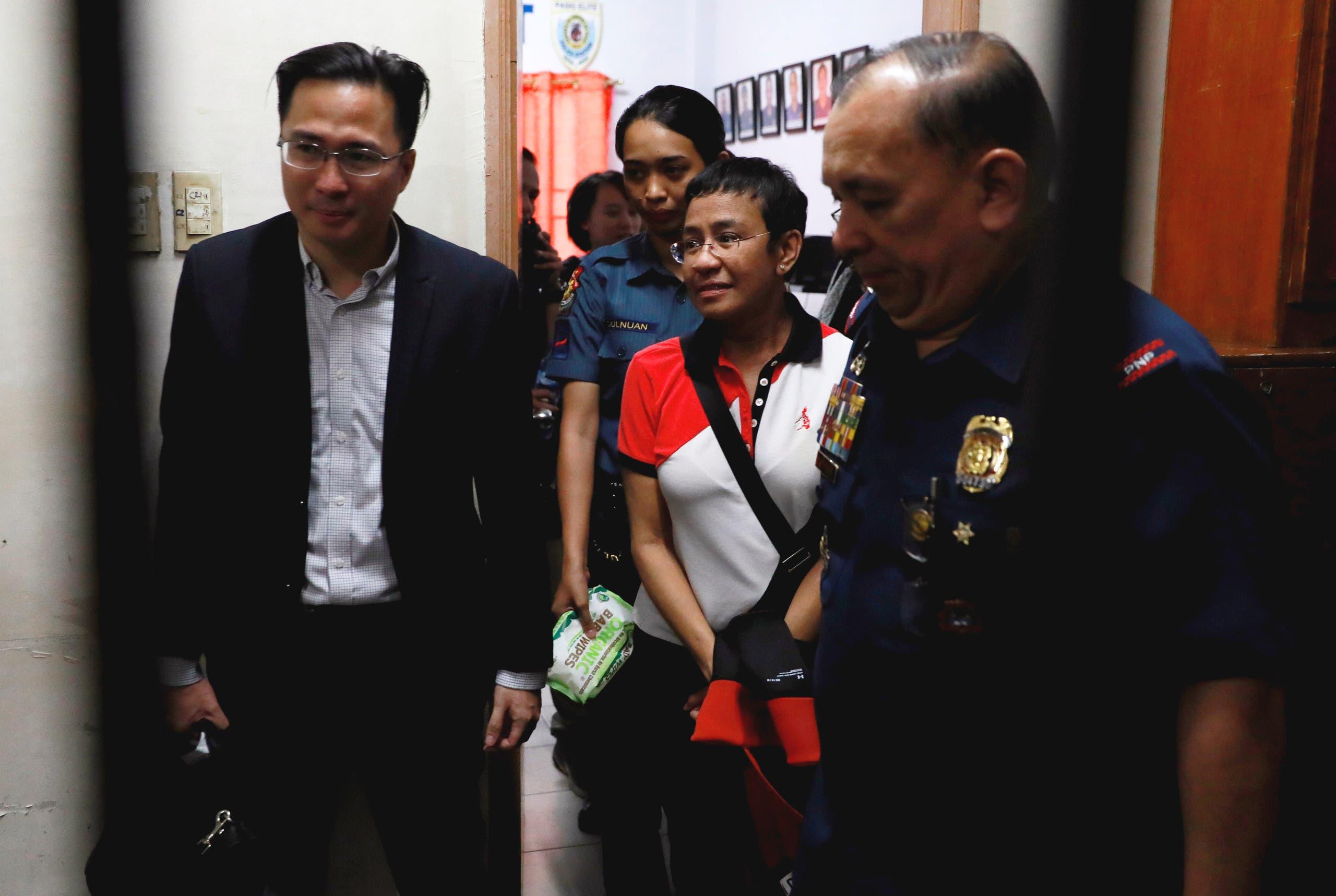 ريسا في أحد مراكز الشرطة في الفلبين في 2019