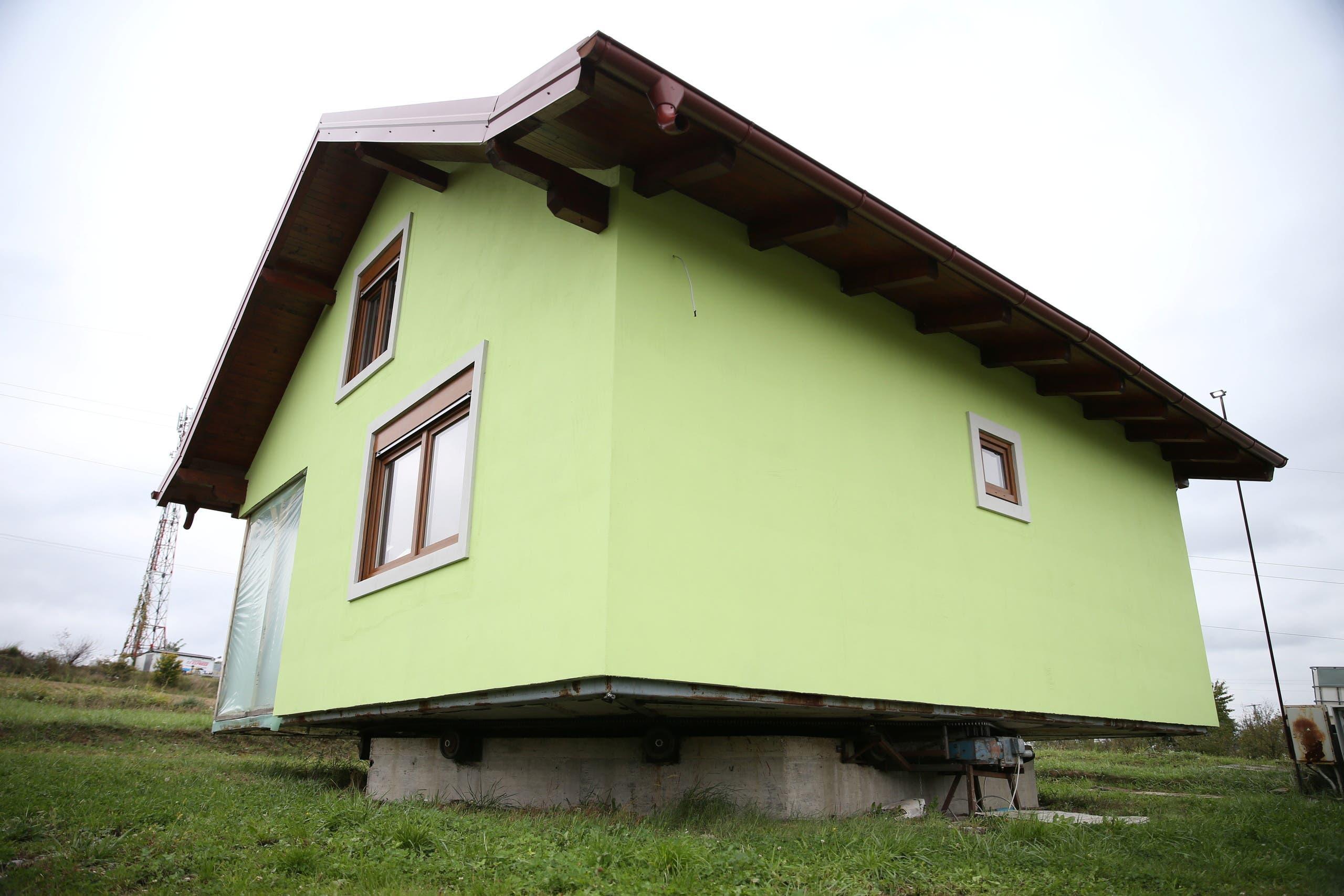المنزل الذي بناه فوجين كوسيتش لزوجته