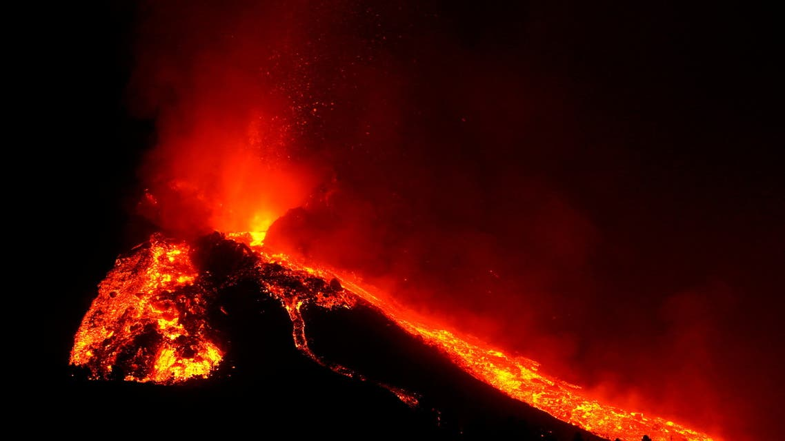 The Cumbre Vieja volcano continues to erupt on the Canary Island of La Palma, as seen from Tacande, Spain, October 9, 2021. (Reuters)