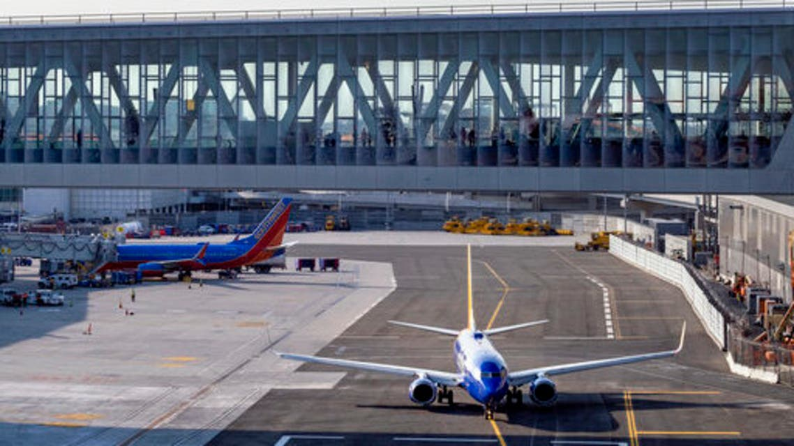 A Southwest aircraft moves along a new taxiway at LaGuardia Airport, Thursday, May 20, 2021, in New York. (File photo: AP)