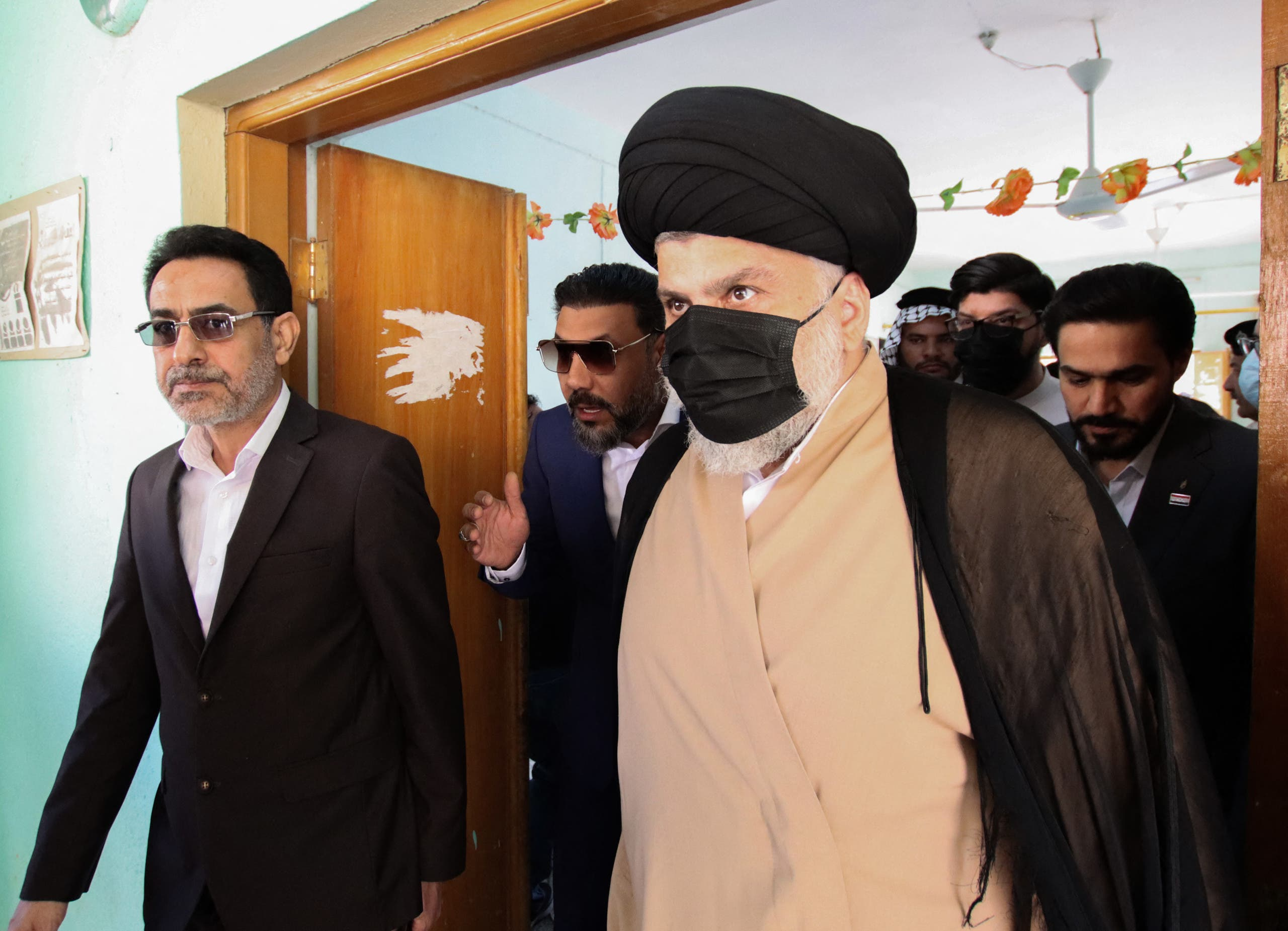 """Waving strict steps .. Al-Sadr """"rejects foreign interference in Iraq"""""""