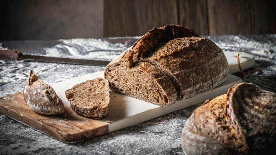 خبز بني (آيستوك)