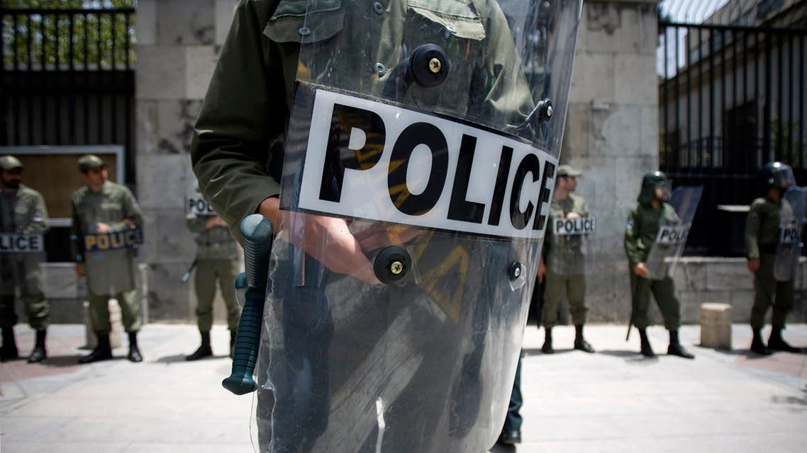Iranian police stand guard in front of the German embassy during a protest gathering in Tehran July 11, 2009. (File photo: Reuters)
