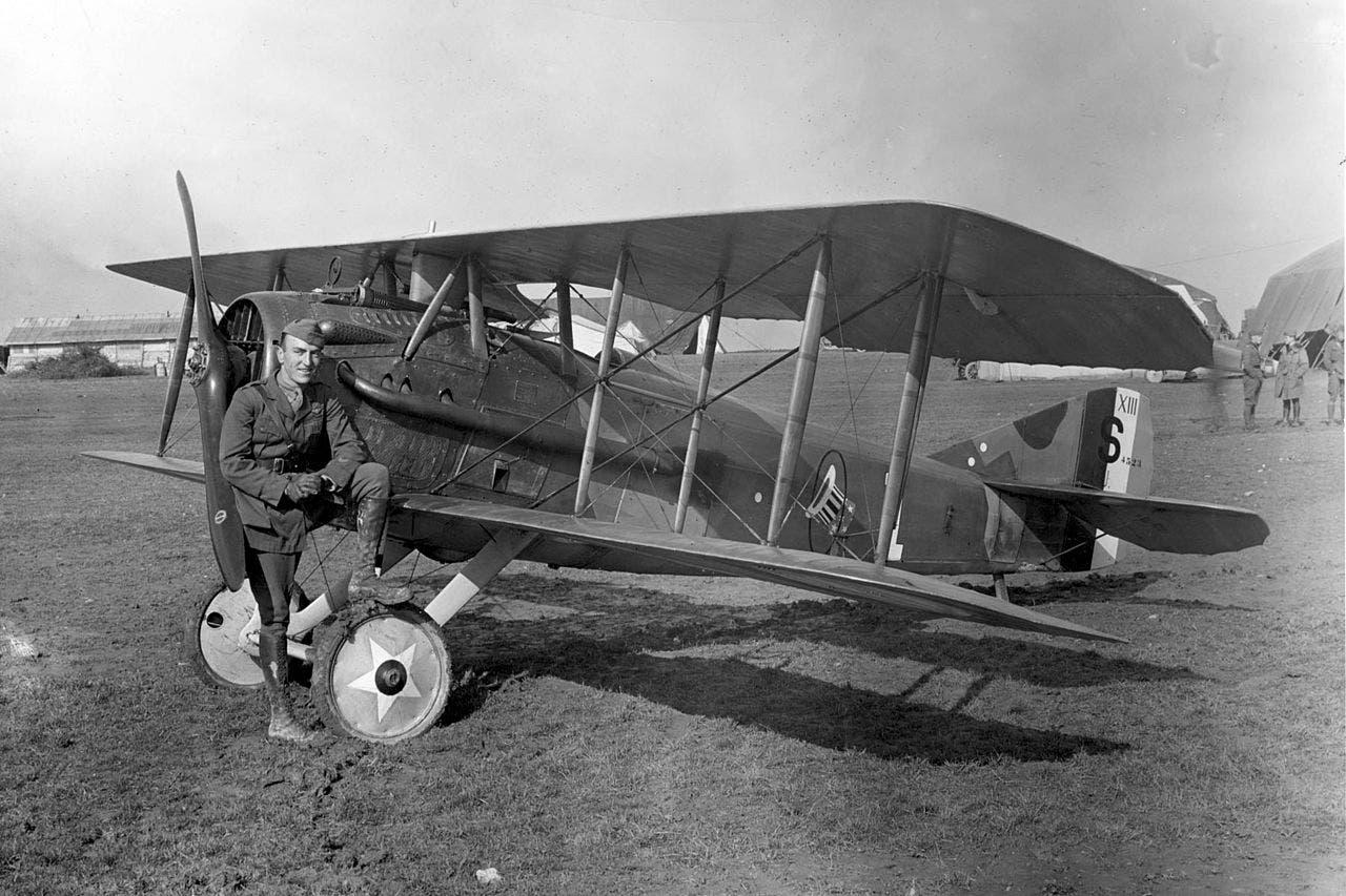 طائرة عسكرية من نوع سباد أس 13