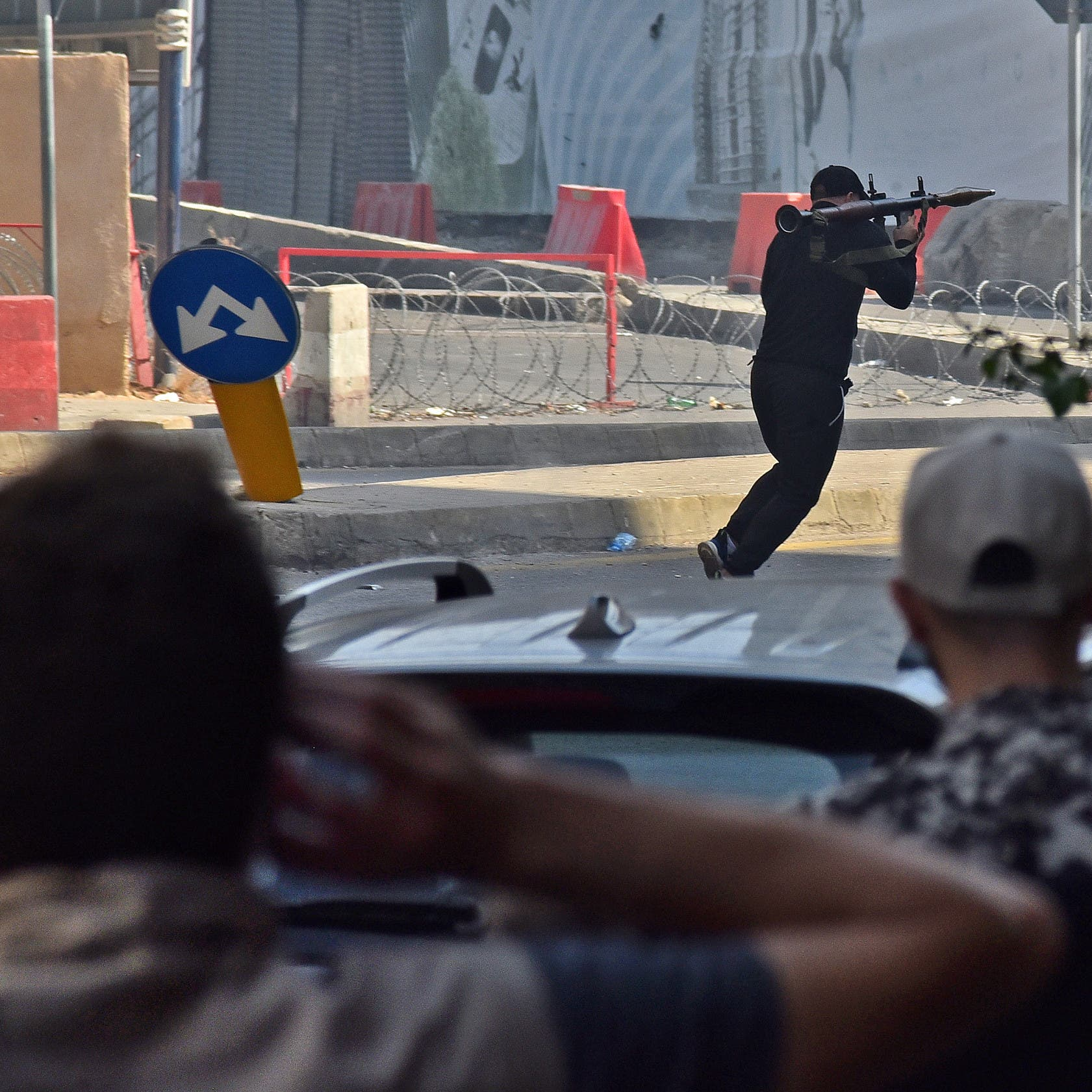 """وزير داخلية لبنان: 6 قتلى سقطوا و4 قذائف """"بي 7"""" أطلقت"""