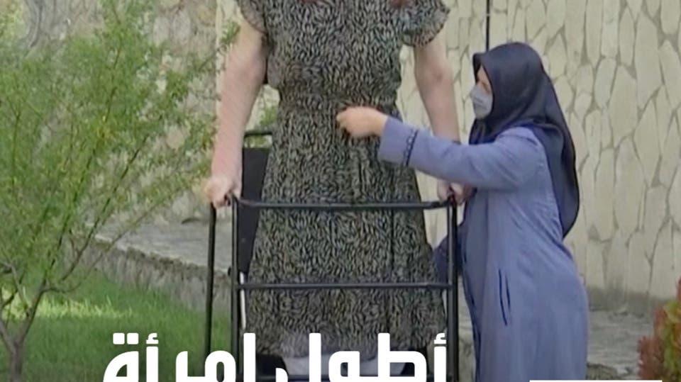 شابة تركية تدخل موسوعة غينيس كأطول امرأة في العالم
