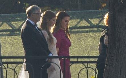 Jennifer, Melinda French und Bill Gates posieren für ein Fotoshooting auf ihrem Anwesen in Westchester in New York.  (Twittern)