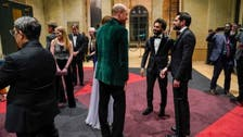 شاهد.. صلاح يلبي دعوة البلاط الملكي البريطاني ويوجه تحذيراً للبشرية