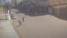 مشاهد من كاميرا مراقبة.. لحظة تفجير مسجد قندهار