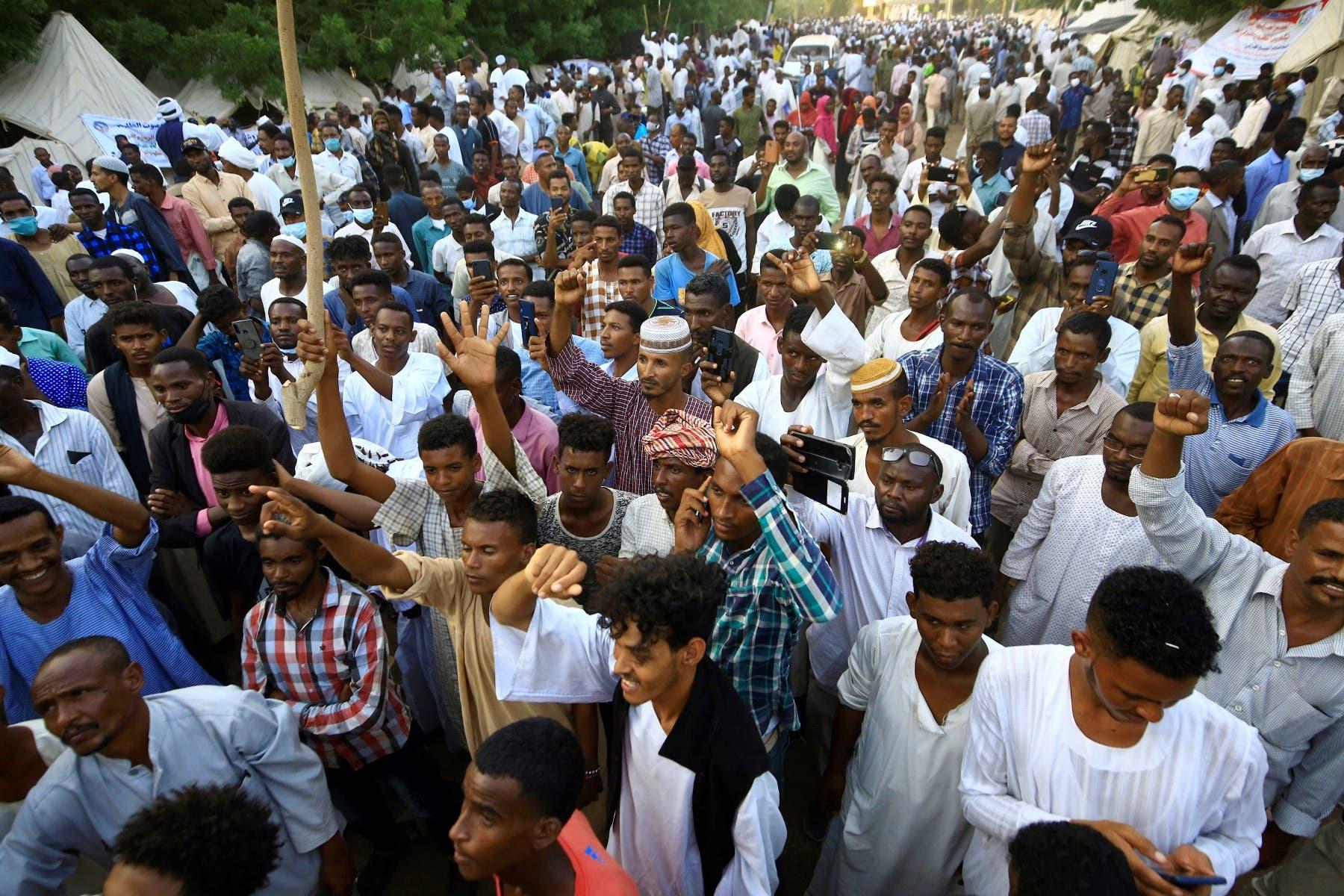 تظاهرة مناهضة للحكومة في الخرطوم (19 أكتوبر 2021- فرانس برس)